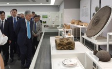 The Head of State visited some cultural landmarks of Hangzhou